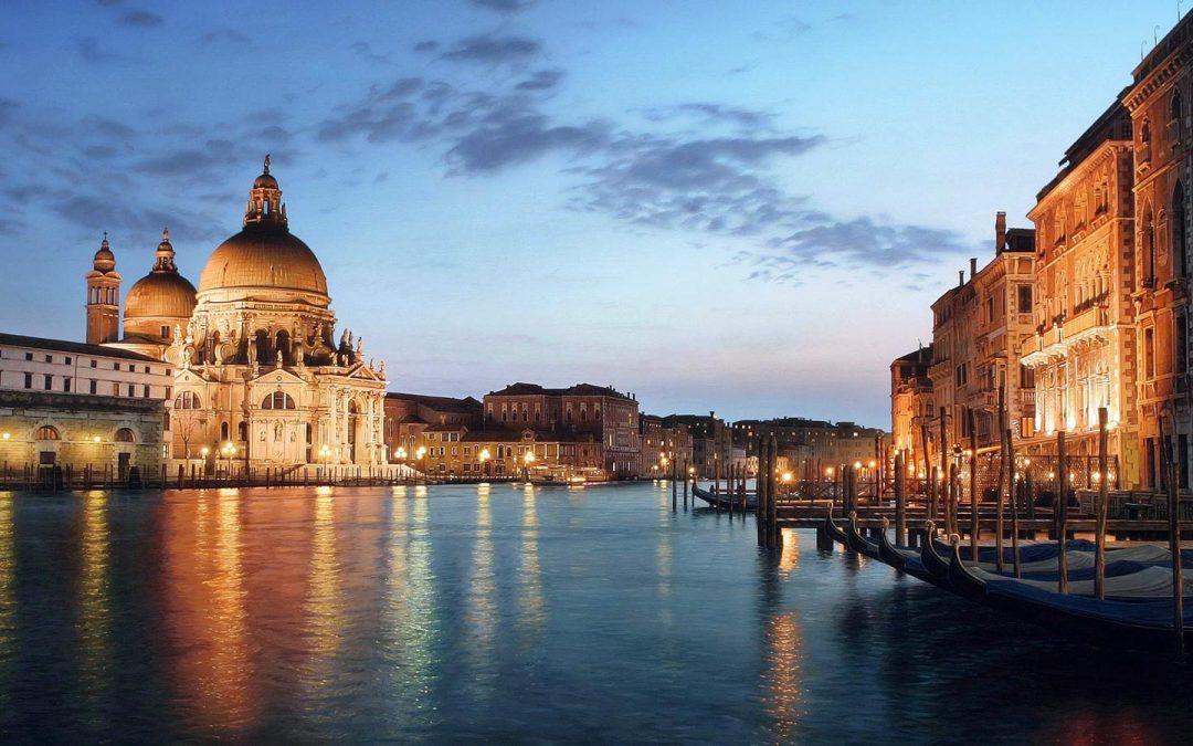 Regala Cultura a San Valentino, le città d'arte italiane come promessa d'amore!