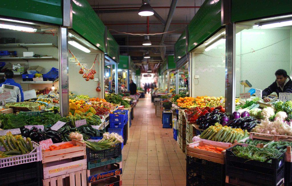 Marché des fleurs de via Trionfale