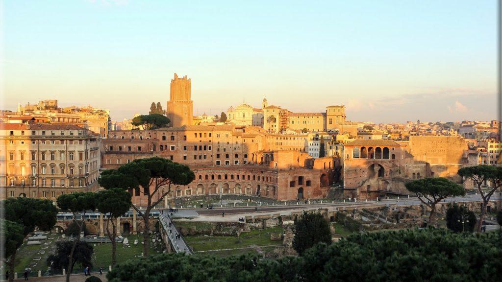 Tramonto sui Mercati di Traiano