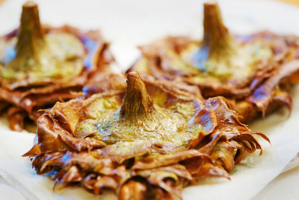 La cucina romana: i carciofi alla giudia