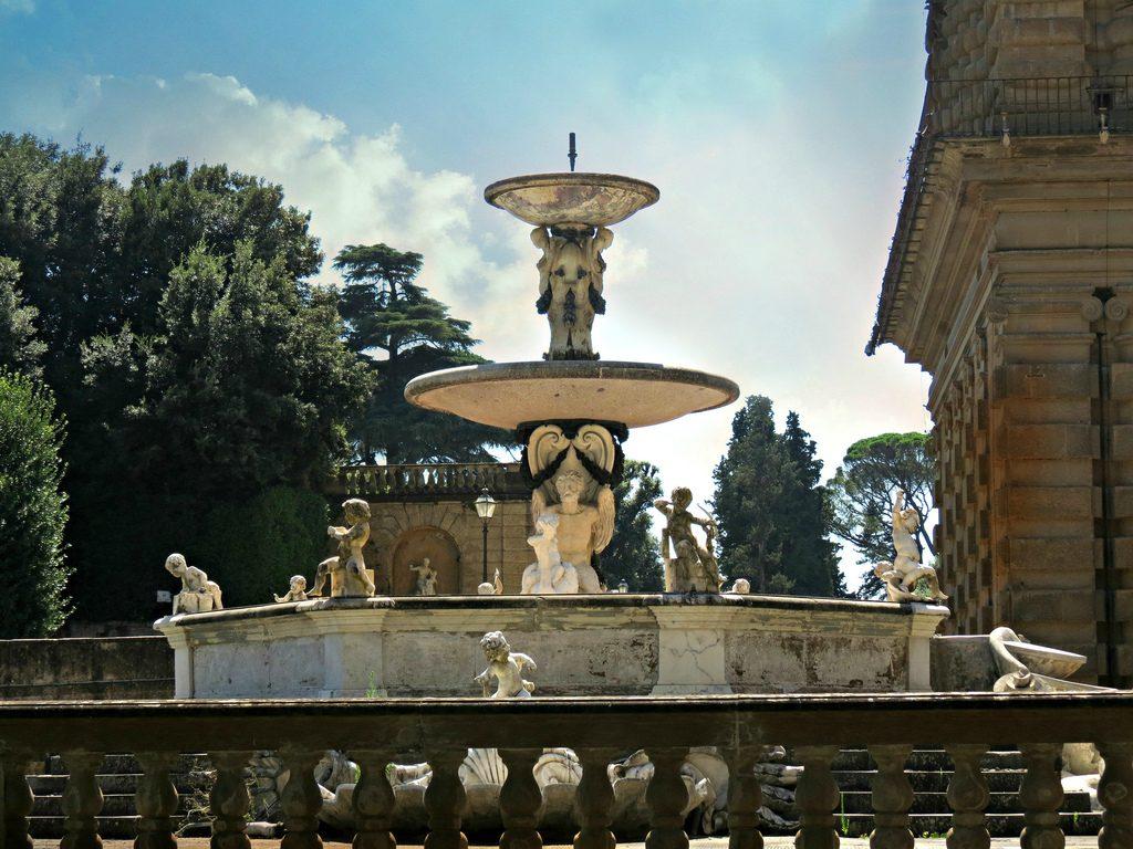 Fountain of the Artichoke