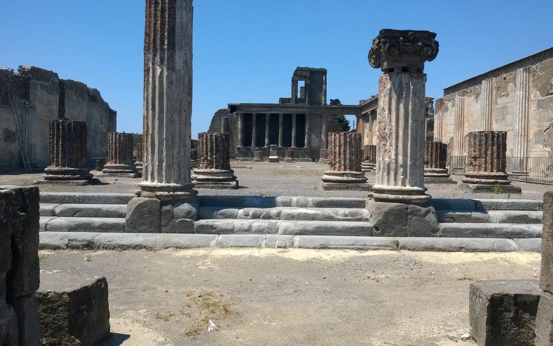 5 choses à voir à Naples: un guide pour la ville aux 500 coupoles