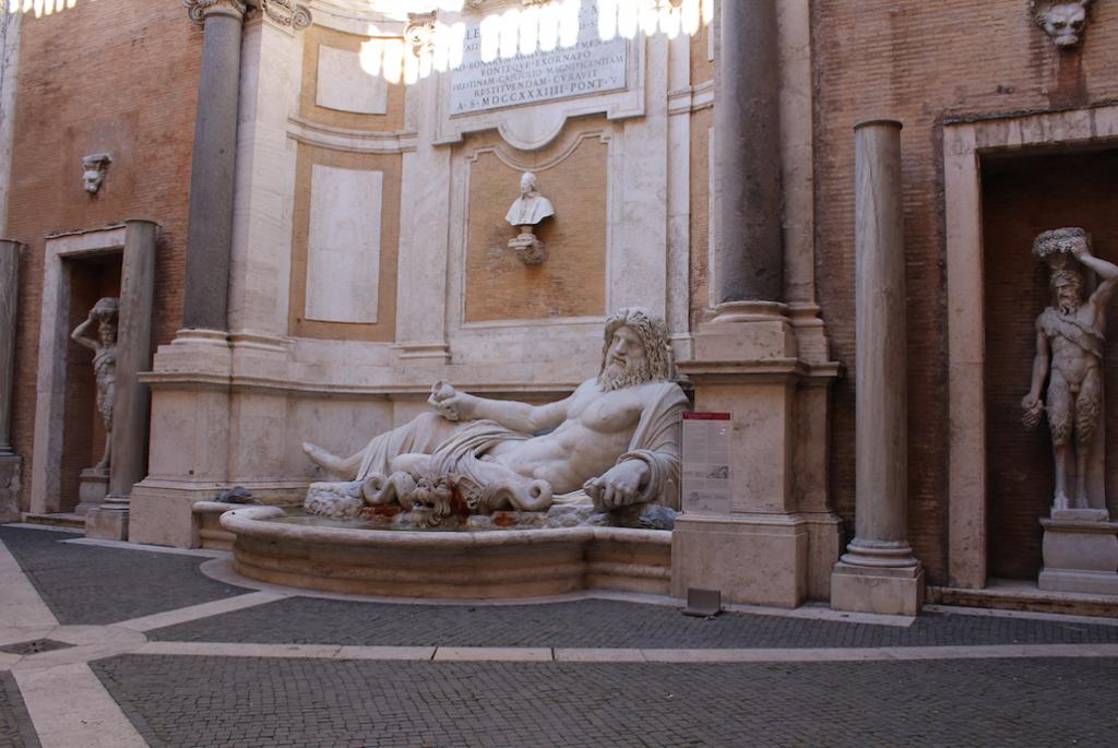 Marforio a Palazzo Novo