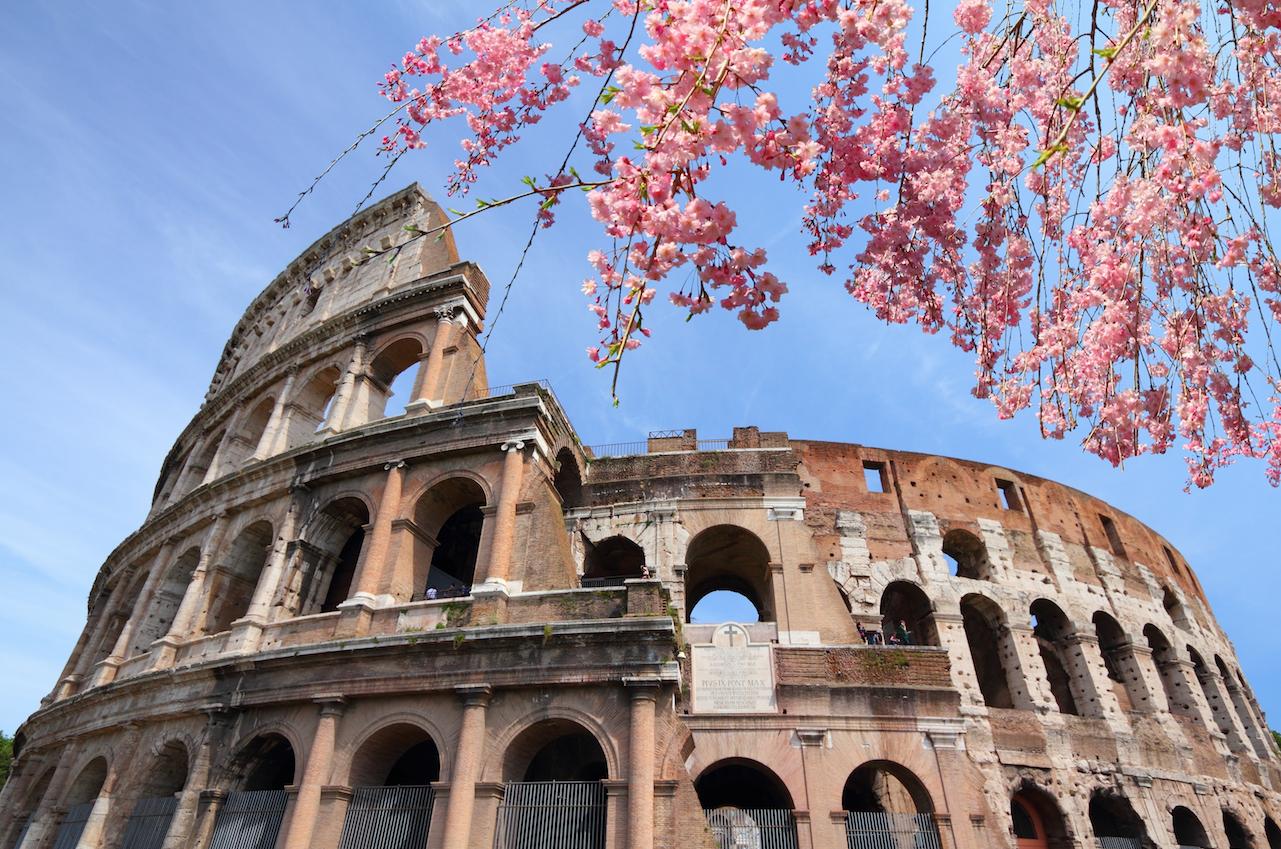 Colosseo Roma a Pasqua